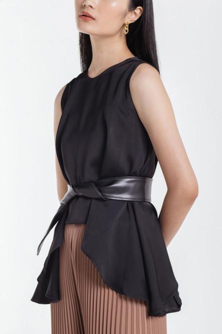 Solange Leather Belt in Black