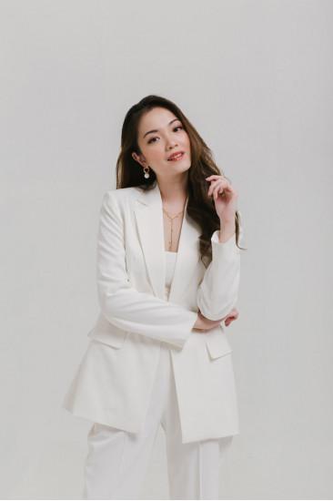 Femmes Blazer in White