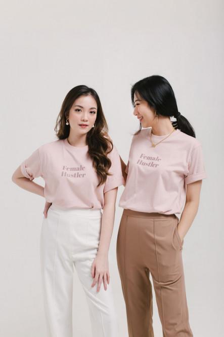 Female Hustlers T-shirt in White