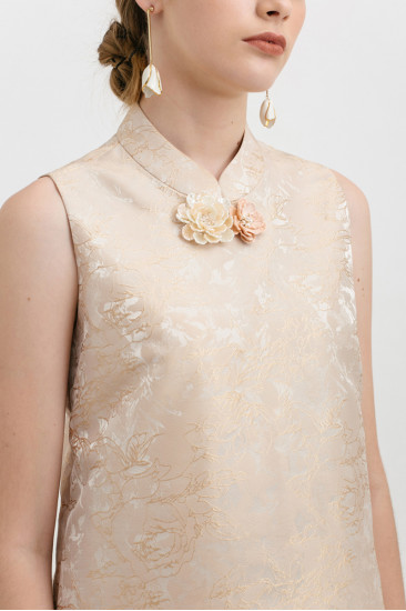 Camellia Top in Champagne