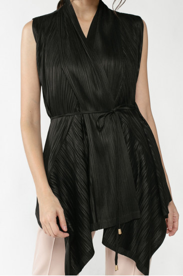 Aubrey Pleated Vest in Black