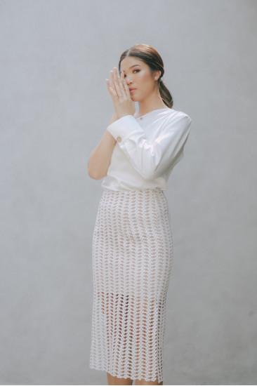 Chloe Slit Skirt