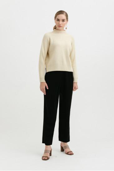 Carlton Sweater in creme